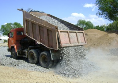 Доставка пескогравийных смесей (ПГС): песка, щебня, гравия